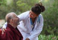 Péče o seniory je poskytována zkušenými a kvalifikovanými zaměstnanci agentury.