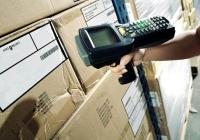 Práce skladník/picker (Warehouseman) v logistické centru.